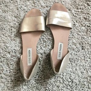 Cute gold Steve Madden shoes size 6